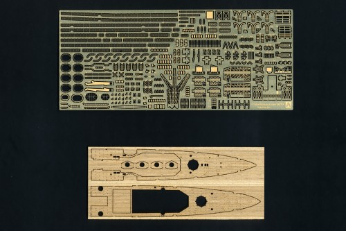 British Heavy Cruiser HMS Exeter Photo Etched Parts Set (incl. wood deck)