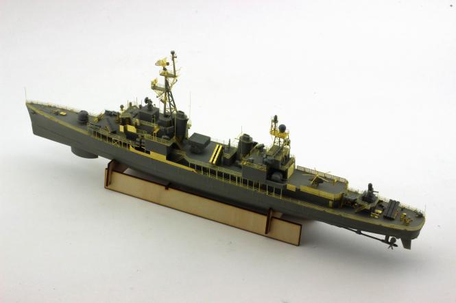 1/350 ROC Navy De-Yang (DDG-925) Gearing Class